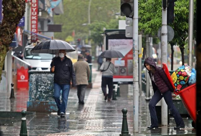 Antalya yarından itibaren soğuk ve yağışlı havanın etkisi altına girecek