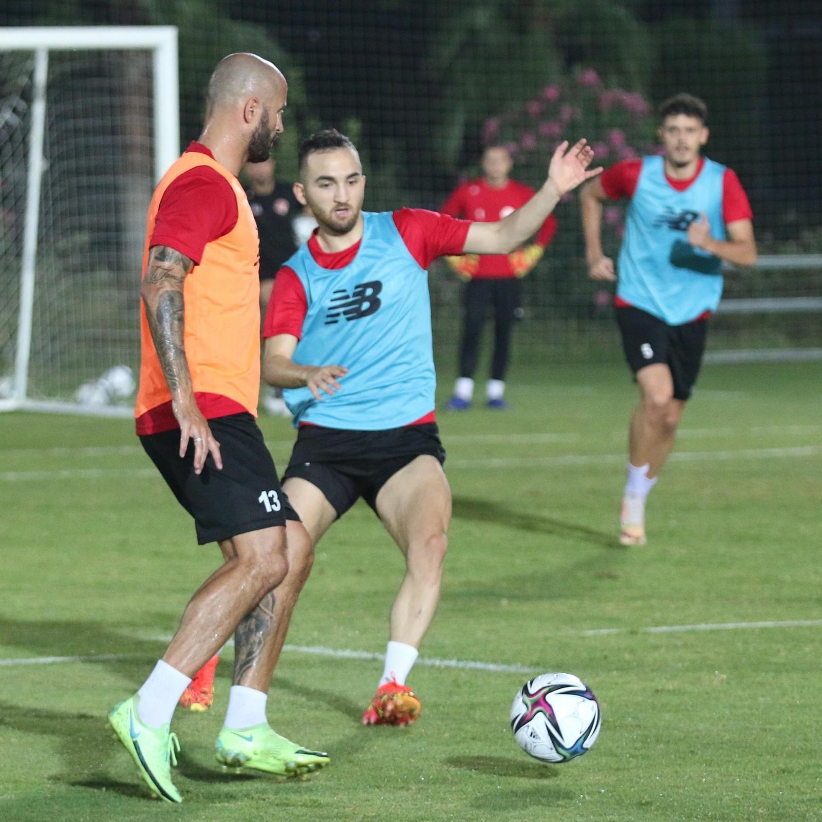 Antalyaspor son 10 resmi maçında galibiyet yüzü göremedi