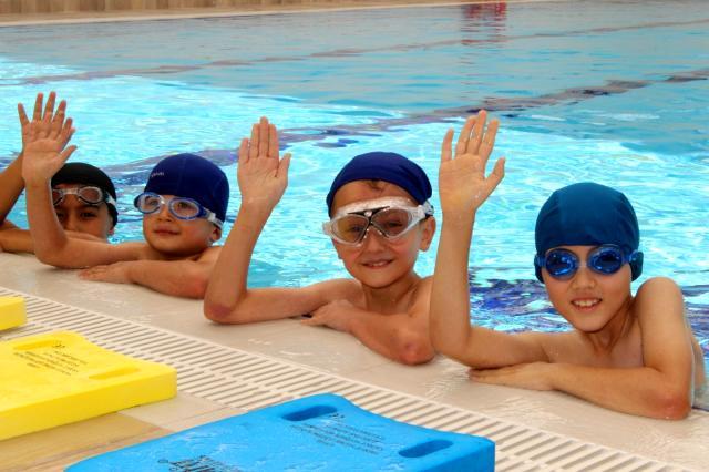 ASFİM yüzme kurslarına yoğun ilgi
