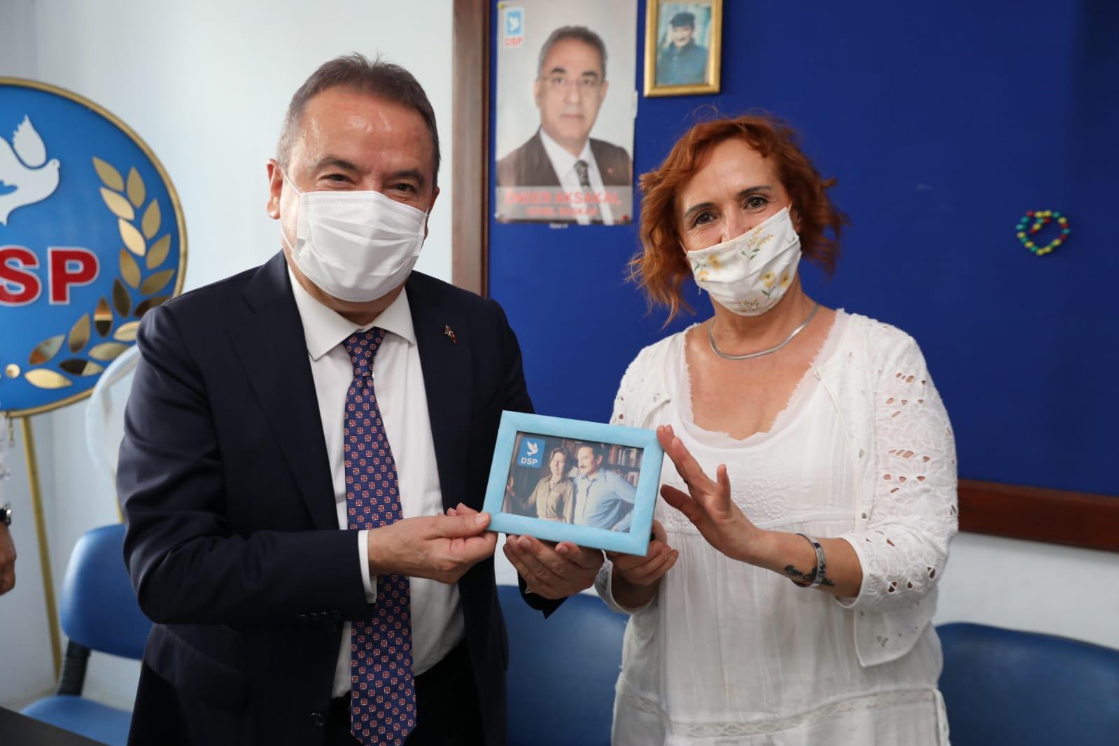 Başkan Böcek Memleket Partisi, İYİ Parti ve DSP'yi ziyaret etti
