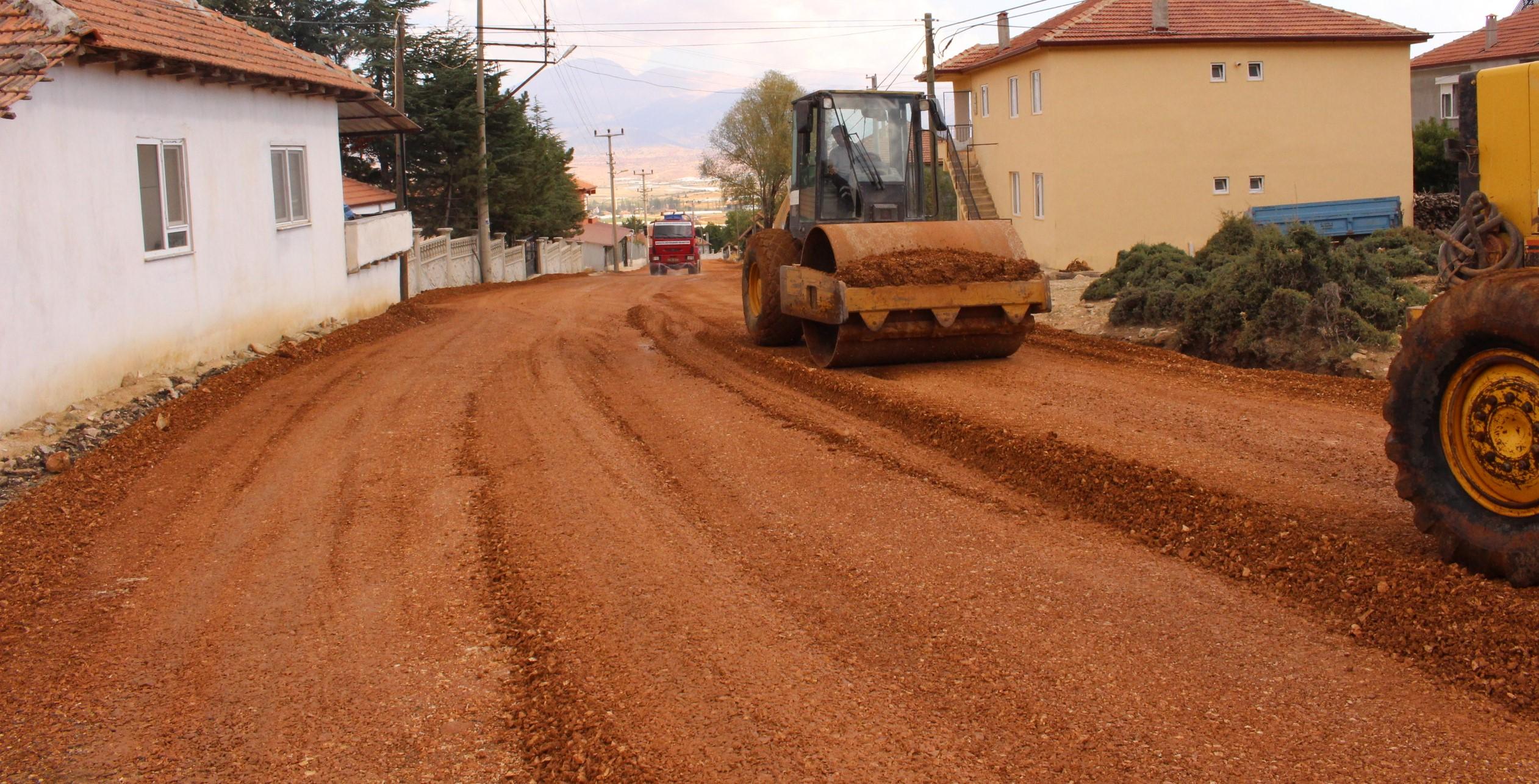 Bayındır Mahallesi Yolu Yenileniyor