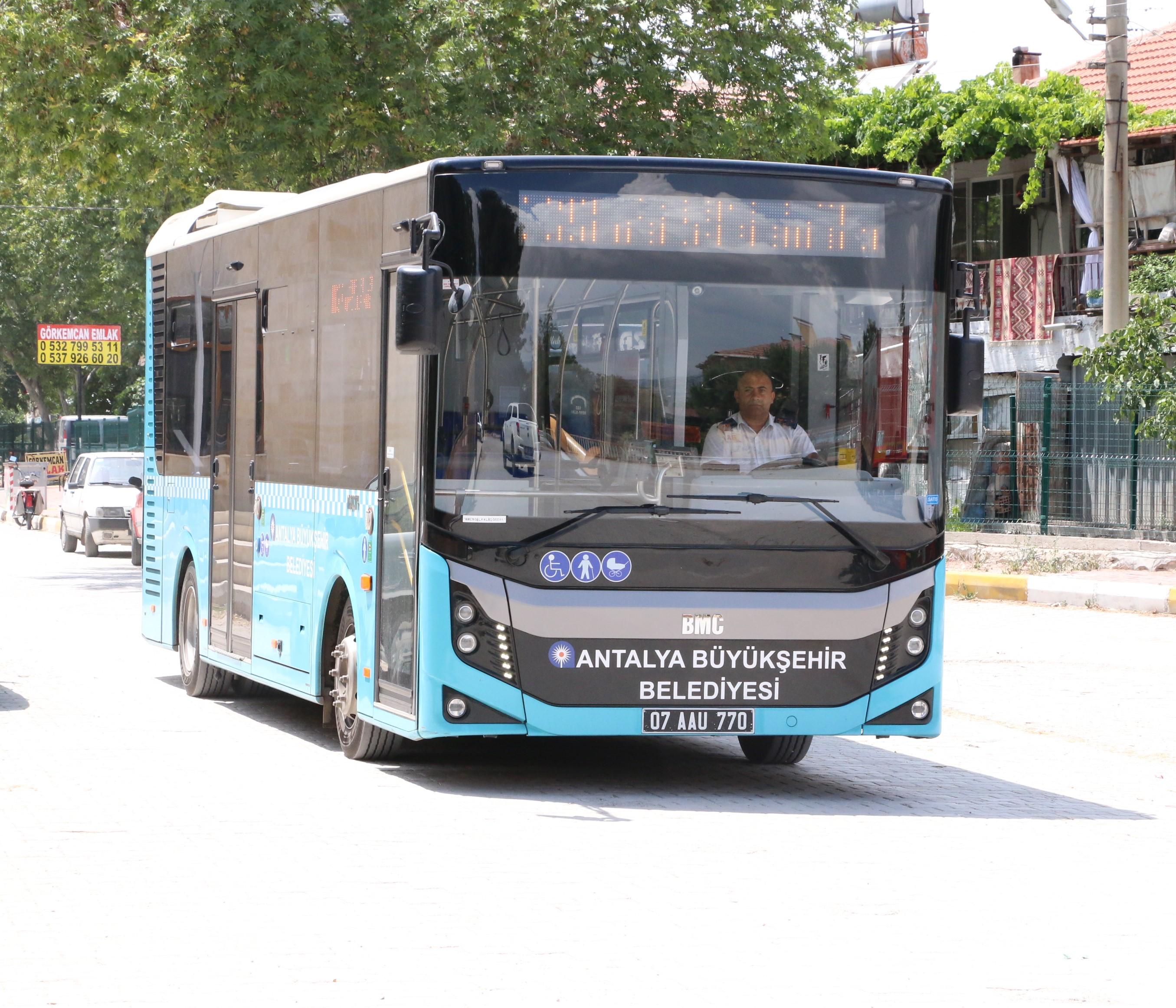 Büyükşehir'e ait toplu ulaşım araçları Cumhuriyet Bayramı'nda ücretsiz
