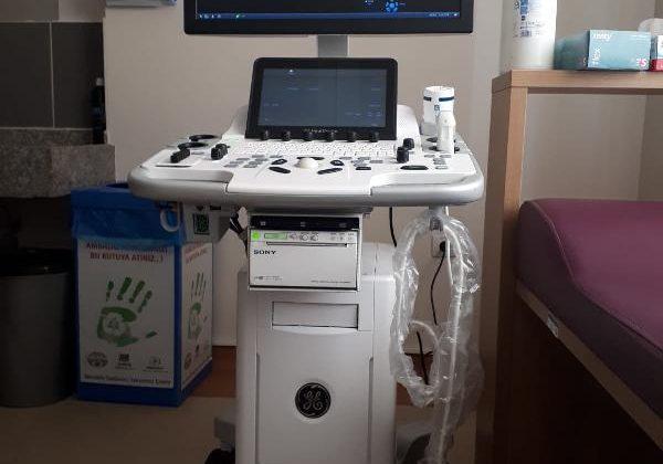 Kaş ilçesinde hayırseverler Kaş Eğitim ve Sağlık Vakfı öncülüğünde, Kaş Devlet Hastanesi'nin donatmaya devem ediyor