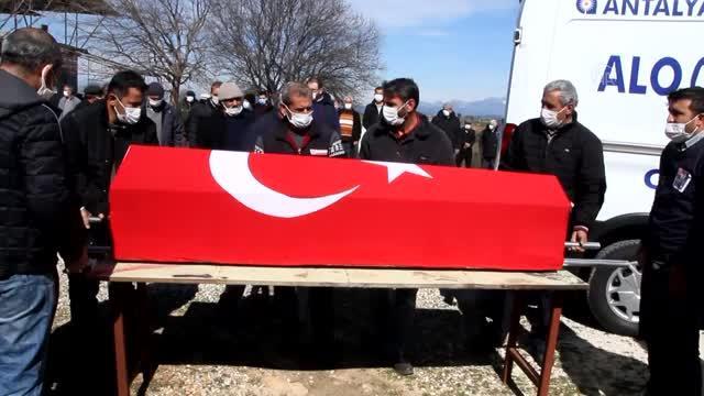 Kıbrıs gazisi Ali Kantav'ın cenazesi, toprağa verildi.