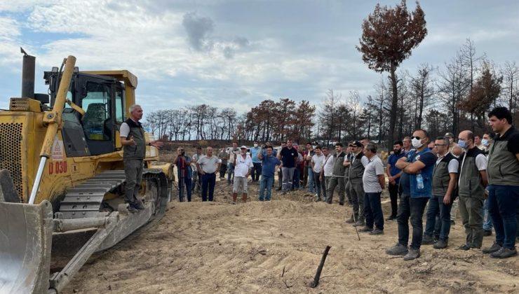 Manavgat yangınında yanan sahaları yeniden yeşertmek için toprak işleme çalışmalarını sürdürüyor