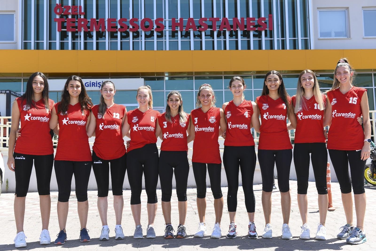 Muratpaşa Belediyespor voleybolcuları sağlık kontrolünden geçti