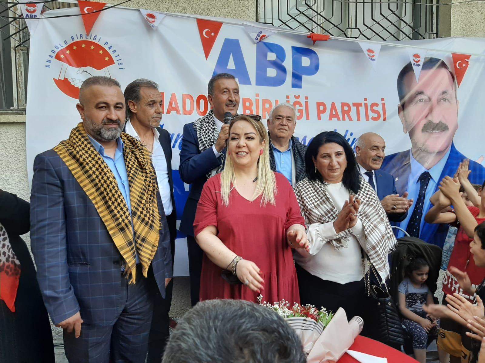 Şanlıurfa'da Anadolu Birliği Partisi Coşkusu