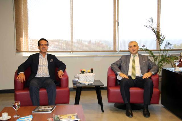 (SGK) İl Müdürü Nejat Deniz, Antalya Ticaret Borsası Yönetim Kurulu Başkanı Ali Çandır ile bir araya geldi