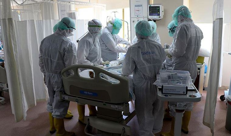 Türkiye'de korona virüs ile mücadelede en büyük silah Aşı