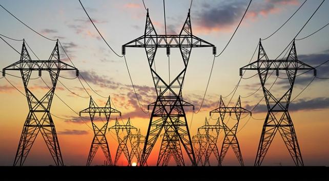 Türkiye genelinde uygulanan tam kapanma tedbirleri Ramazan Bayramı'nda elektrik tüketim rakamlarını da etkiledi